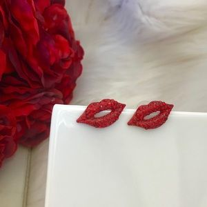 Sexy Rhinestone Red Lips Stud Earrings